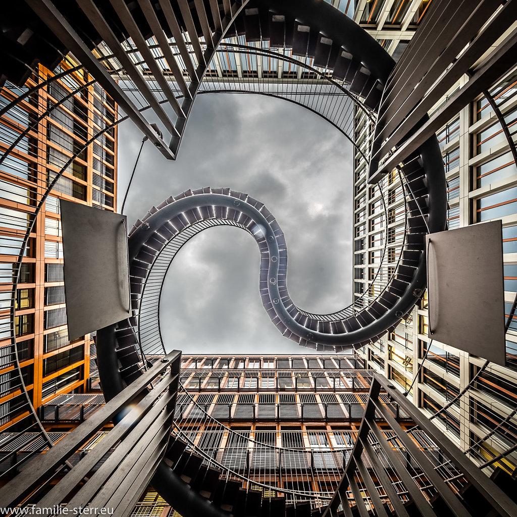 Endlose Treppe