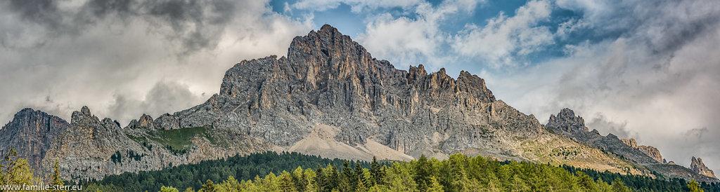 Obereggen-Sudtirol-64-Panorama-Bearbeitet.jpg