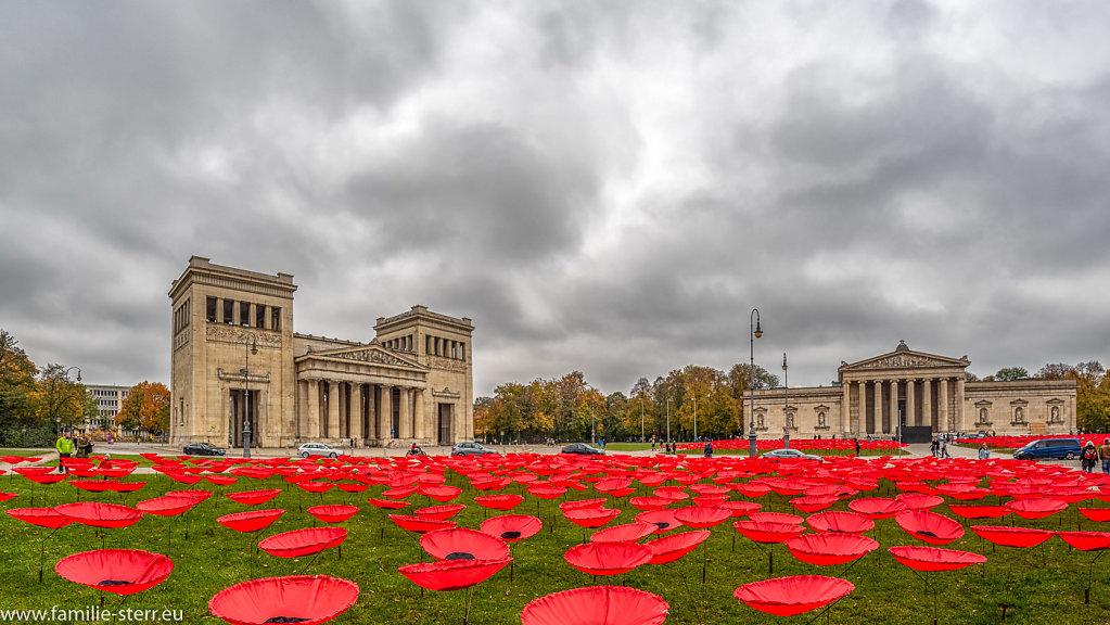 Never Again - Königsplatz München