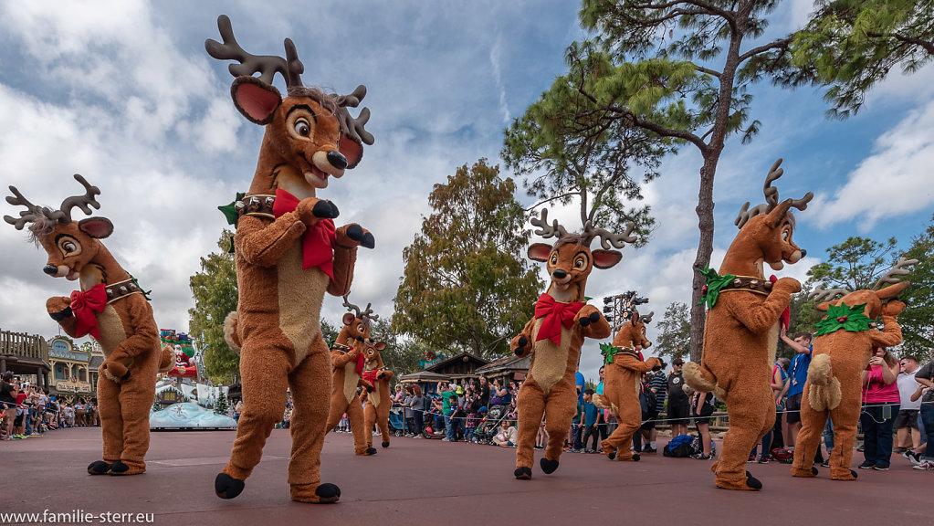 Mickey's Very Merry Christmas Parade