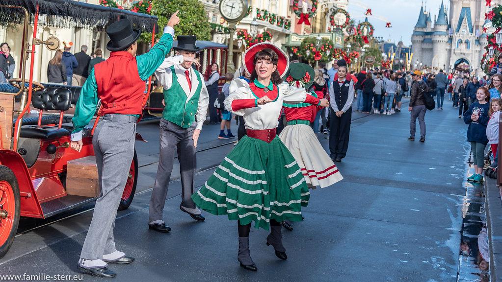 Main Street Dancers